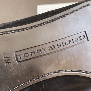 Tommy Hilfiger Shoes - Tommy Hilfiger Logo Patch Suede Flat